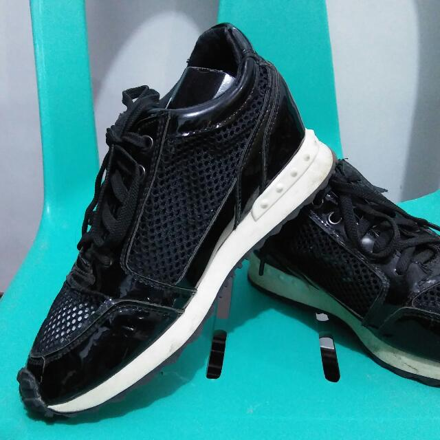 Pre- Loved Shoes Sofab