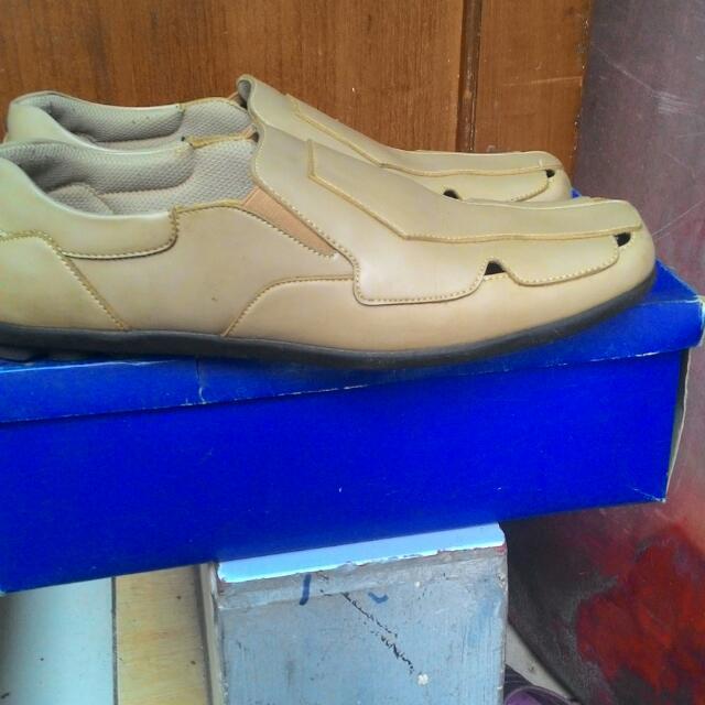 Sepatu Merk Yongki Komaladi Original Size 42-43