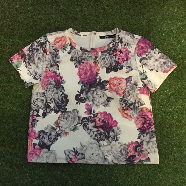Sportsgirl Floral Top Size Small