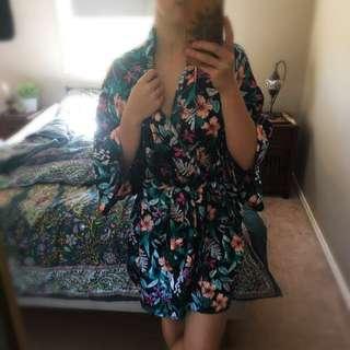 Flower Patterned Silk Like Bath Robe Dressing Gown
