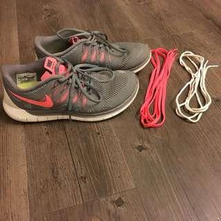 Women's Nike Free 5.0 Running Sneakers