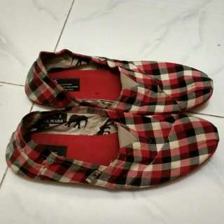 Slip On Toms Made In USA Size 5