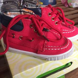 Boardwalk Shoes Size 6