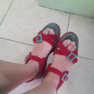 Red Dhey Shu Shoes
