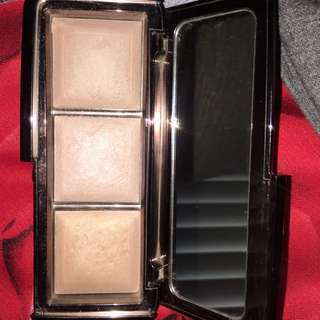 Hourglass Highlighter Trio
