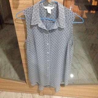 H&M Sleeveless Batik Pattern Blouse