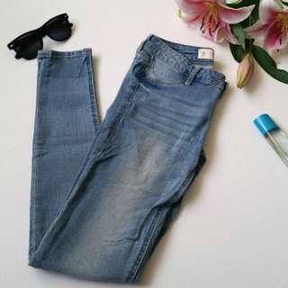 A&F Light Blue Jeans Size 6 Waist 25