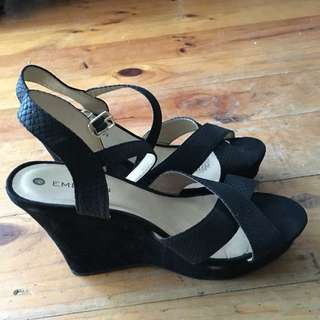 Black Wedges Price Reduced