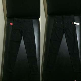 jegging hitam( new with tag)
