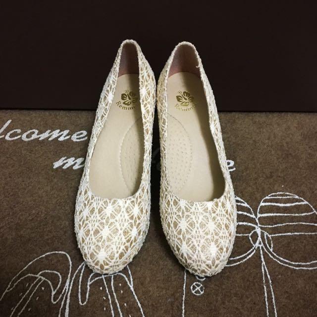 ✨9.5成新✨提花織紋新娘鞋👰含運