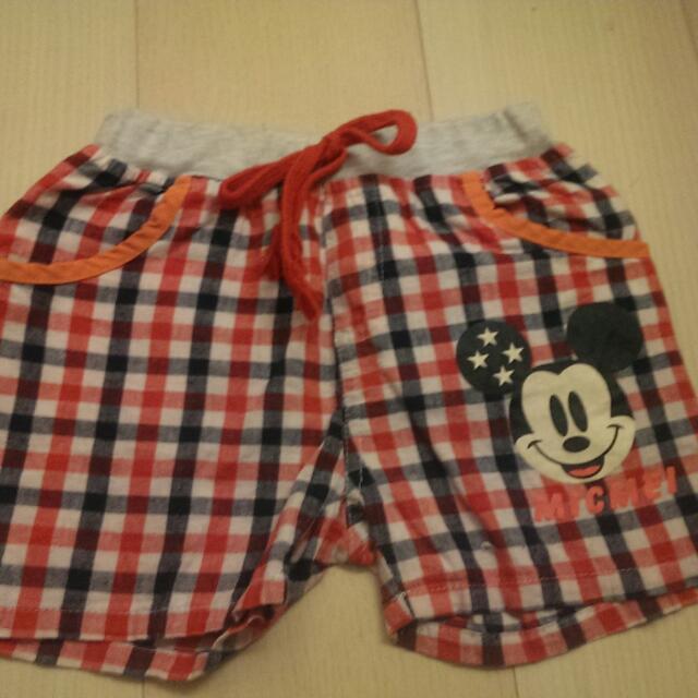 米奇紅黑白格短褲
