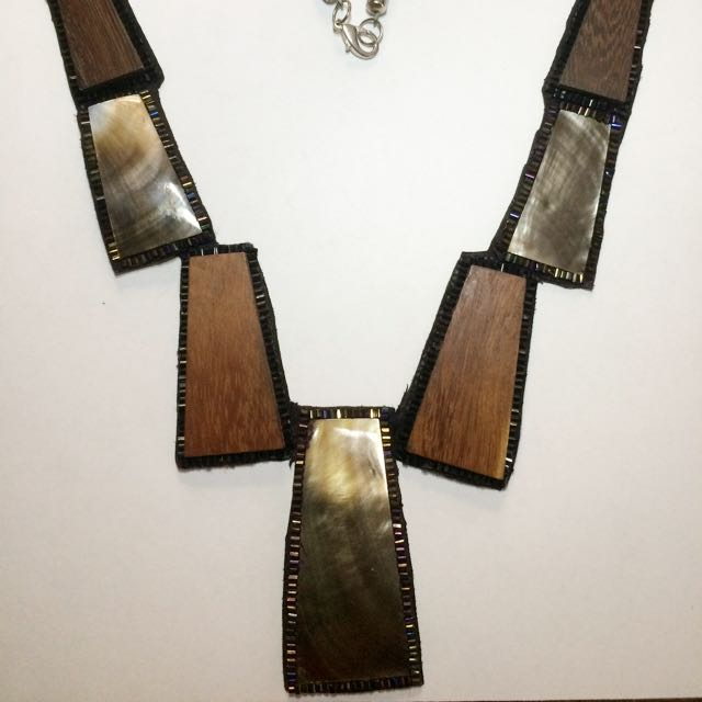 Accent Necklace
