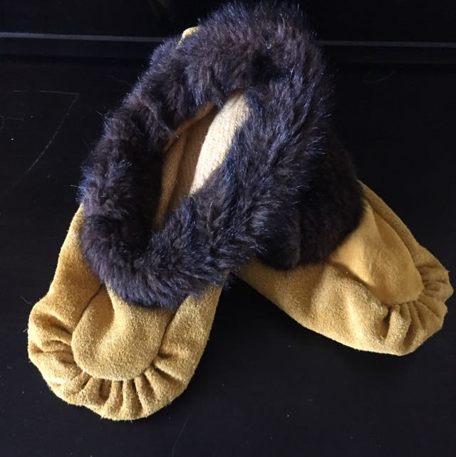 Authentic Handmade Moccasins From Northern Ontario