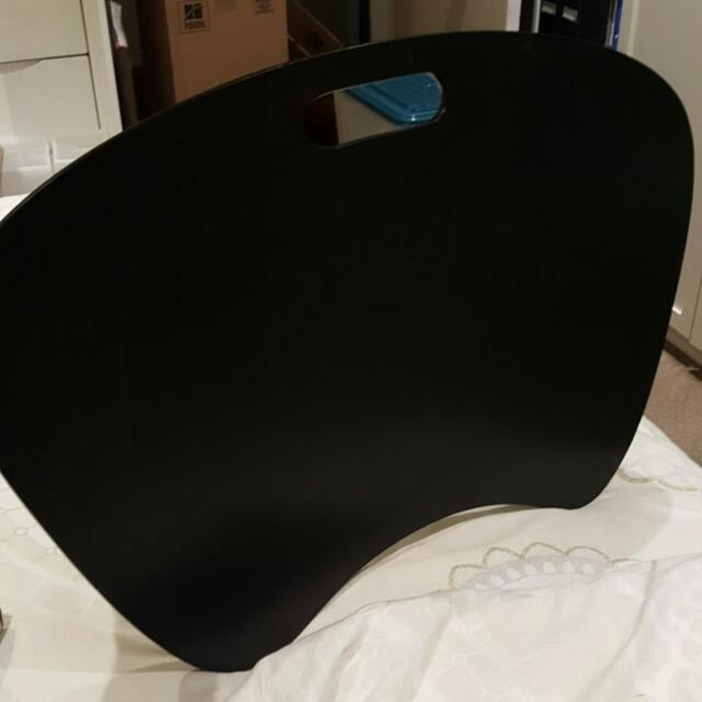 Black Cushioned Stable Table