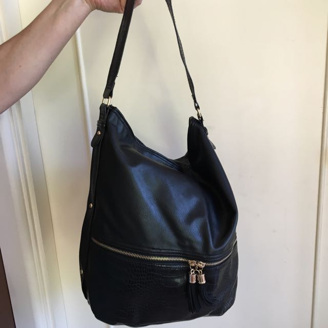 Black Faux Leather Handbag Tote