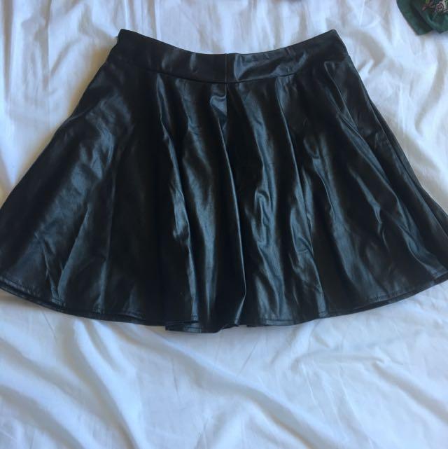 Black Leather Like Mini Skirt Ladies Women's Zip Up