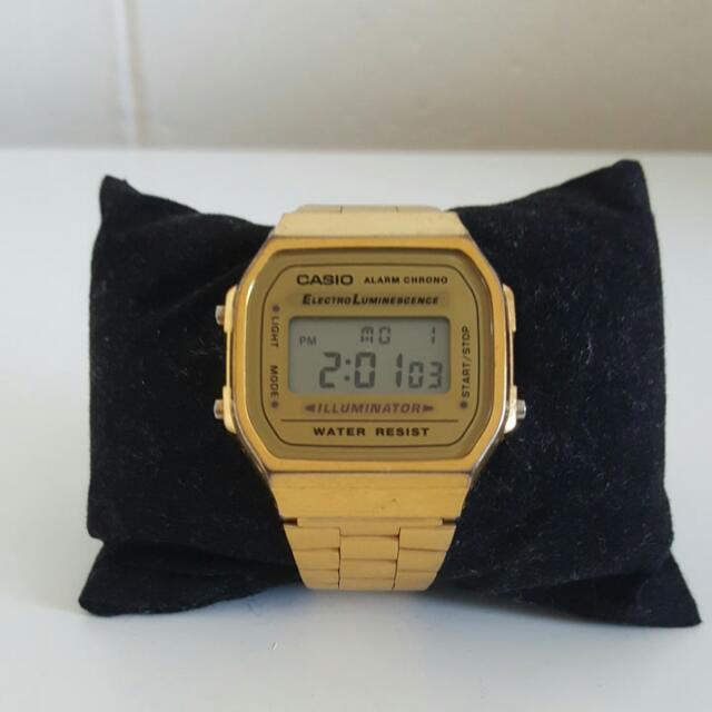 Casio Vingate Unisex Digital Watch Gold