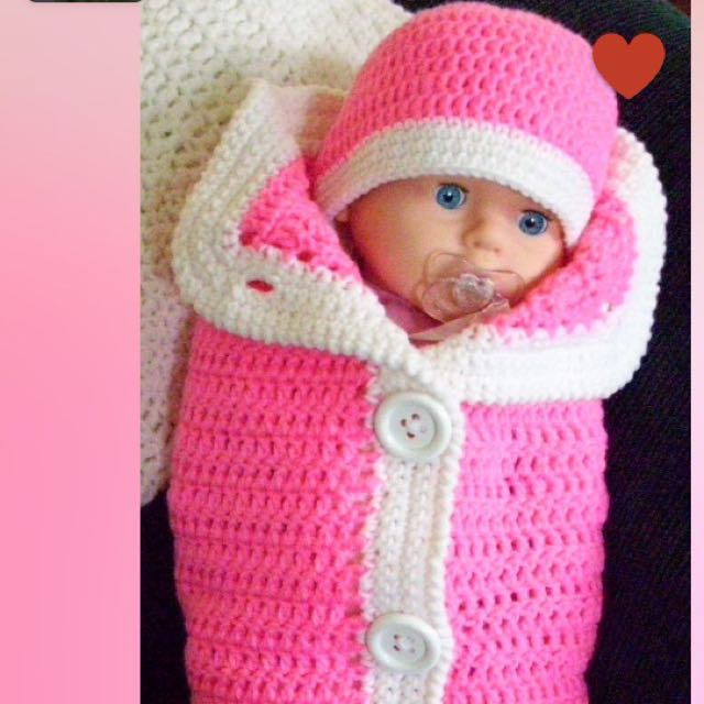 Cozy Knitted Baby Cocoon. free postage