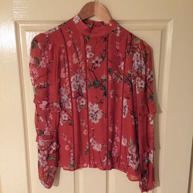 FOREVER NEW Long Sleeve Floral Print Top