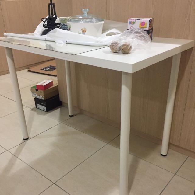 書桌IKEA