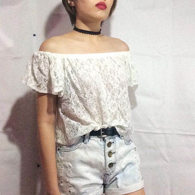 Lace Offshoulder Top