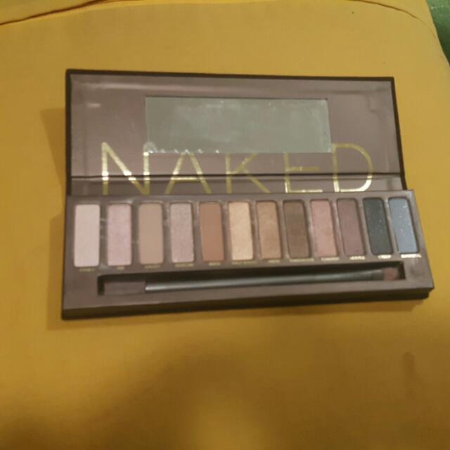 NAKED URBAN DECAY PALETTE %100 authentic