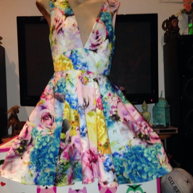 OSOS Size 10 Dress