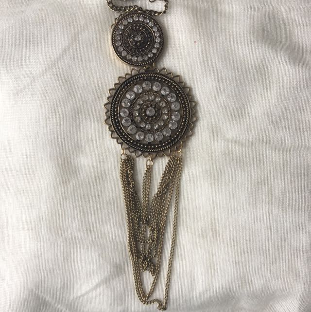Oxidized Golden Necklace With White Crystals