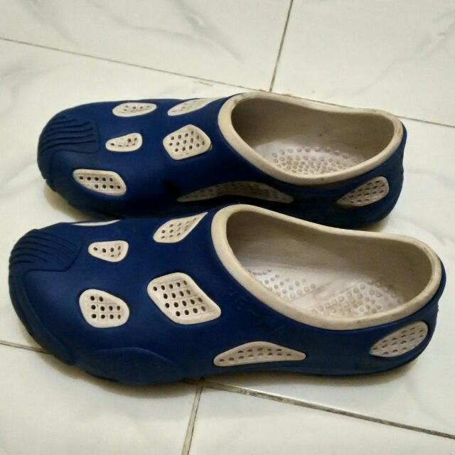 Sepatu Slop Karet HE-MA