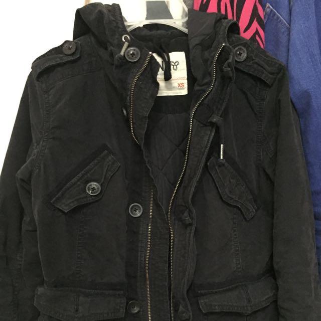 TNA Jacket Color Black Size Xs