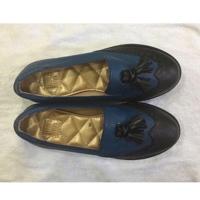 TUTUTOE Flat Shoes (Blue Black)