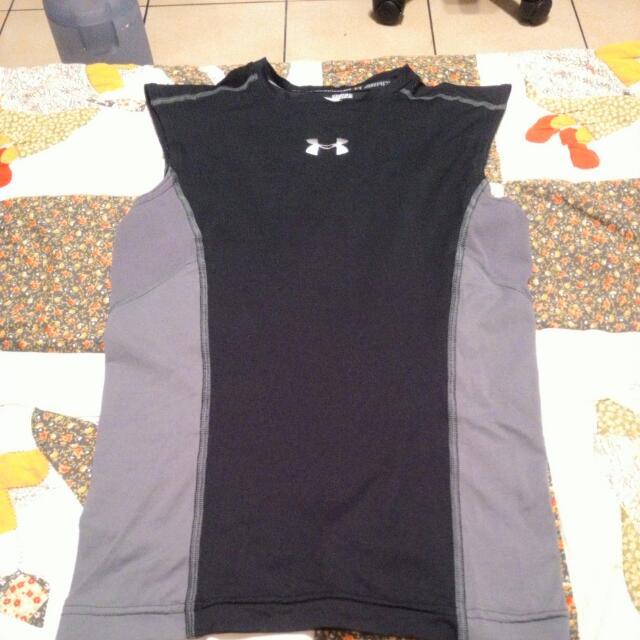 (佔售)UA緊身衣 束衣 無袖