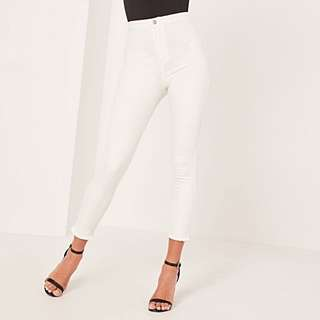 BRAND NEW MISSGUIDED HIGH WAISTED ANKLE GRAZER JEANS