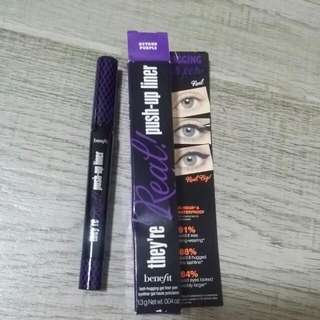 Benefit They're Real! Push-Up Liner 全新
