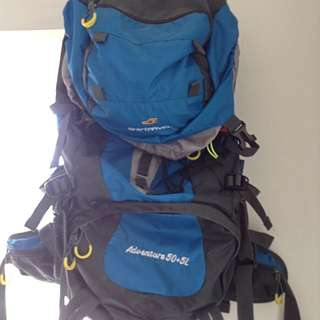 (REPRICED)Trekking/Hiking/Travelling bag (SKYtravel) 50+5L