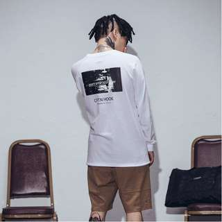 🚚 CAPTAIN HOOK  16' BEFORE THE MOMENT L/S TEE  黑/白/粉 3色