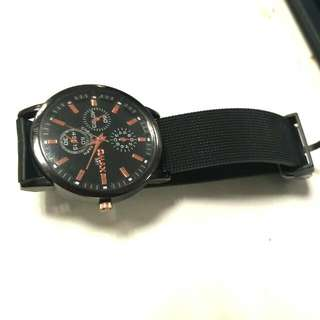 QMAX Styling Watch Type B81