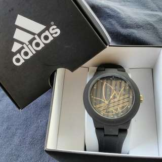 adidas aberdeen authentic watch
