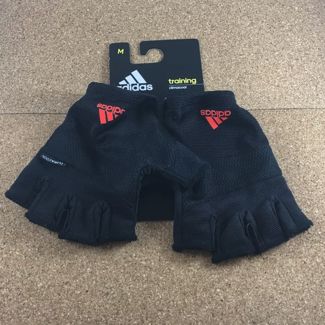 Adidas 訓練手套 暫保