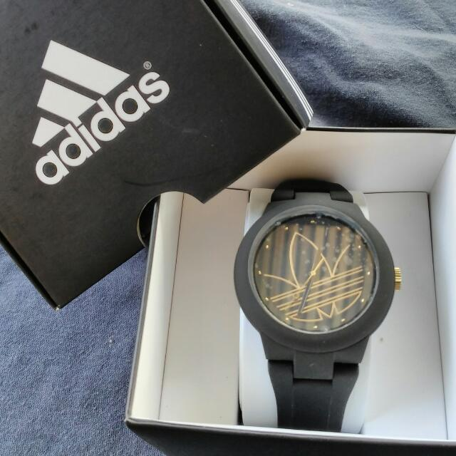 adidas aberdeen authentic watch