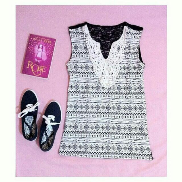 Black&White Aztec Top