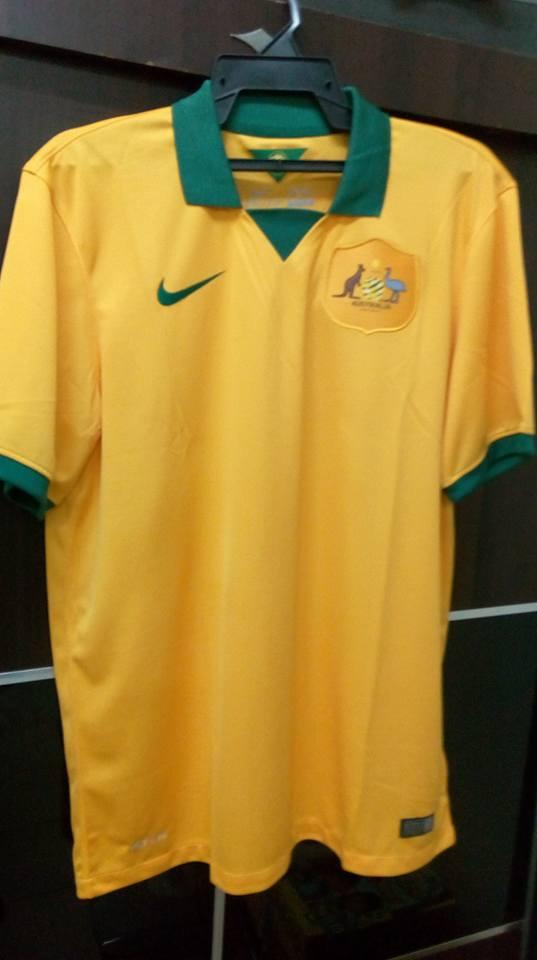 0053302d0 Revised) BNWOT Original Australia Soccer Jersey   Jersi