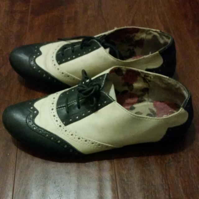 Cute Spring/Fall Oxfords Womens SZ 7