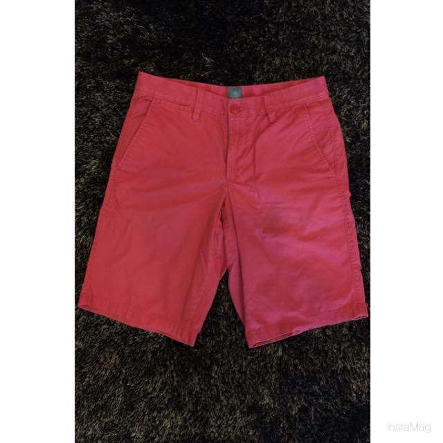 男款Gap-紅色休閒短褲