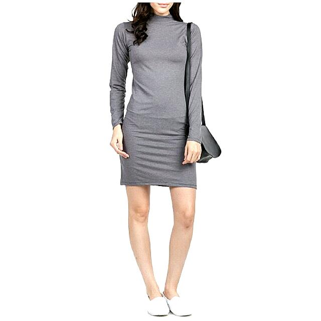 8 Wood Grey Long Turtelneck Dress