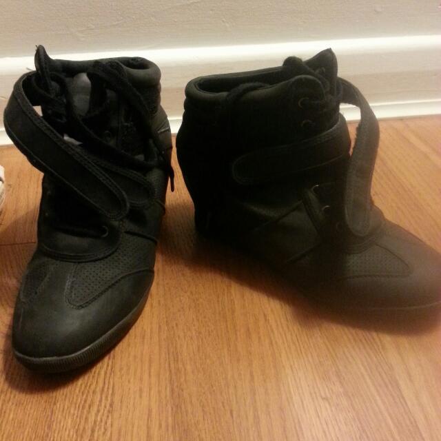 Heeled Sneaker