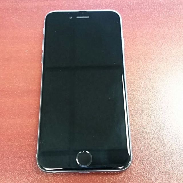 iPhone 6 - 16GB - GREAT CONDITION