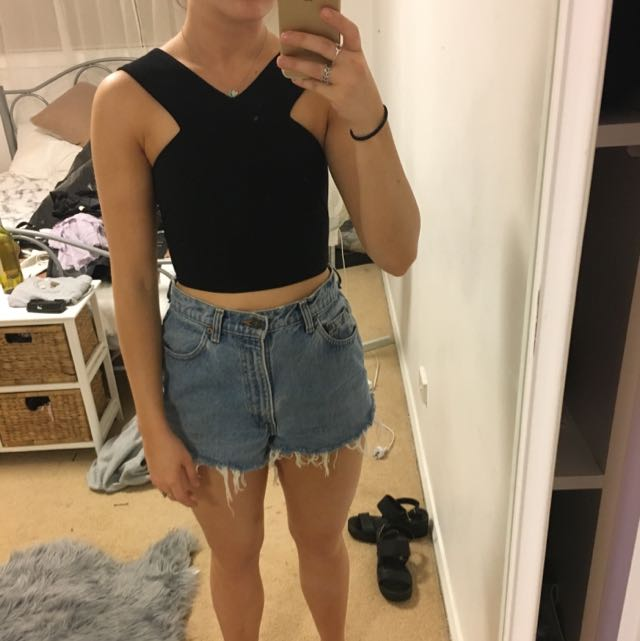 Lack Cropped Top