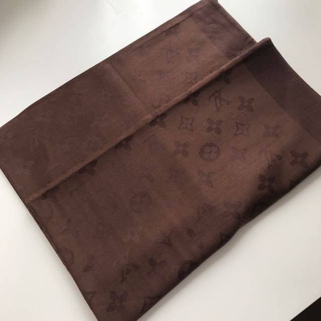 Louis Vuitton Scarf - Brown