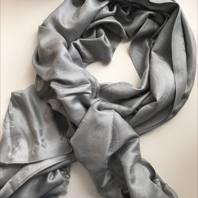 Louis Vuitton Scarf - Grey